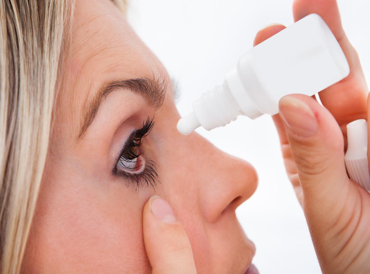 A conjuntivite é um inflamação ocular que é facilmente transmitida a outras pessoas. Conheça os tipos de conjuntivite e como tratá-los.